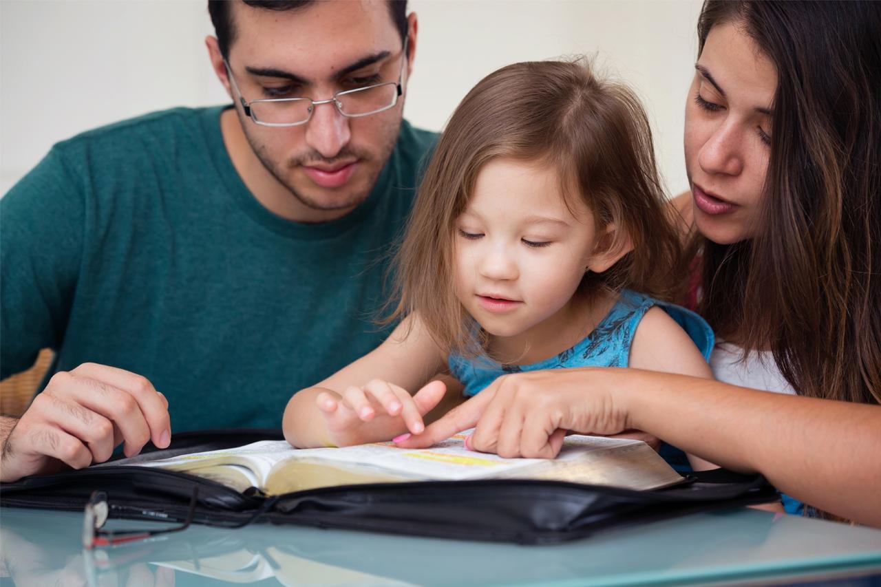 Hablar-de-ateísmo-con-los-hijos-inspirando-familias