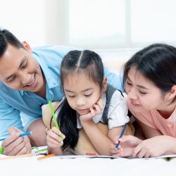 ¿Cómo-puedo-apoyar-a-mis-hijos-con-sus-tareas-inspirando-familias